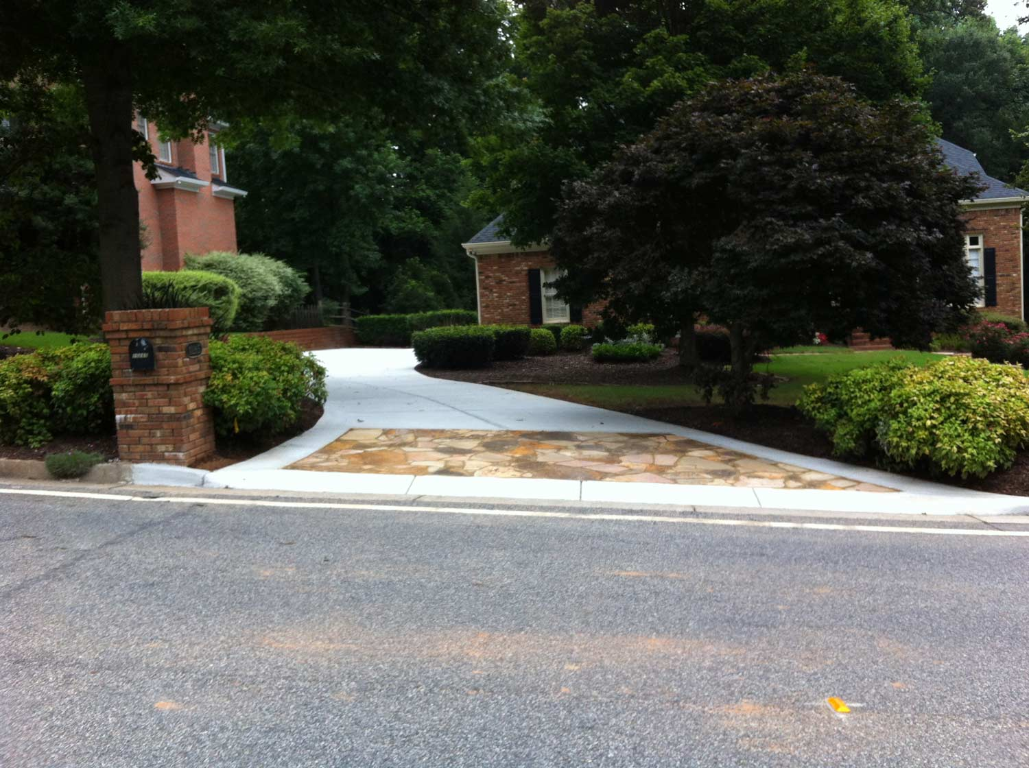 HemmaConcrete_ResidentiallServices_Driveway_1
