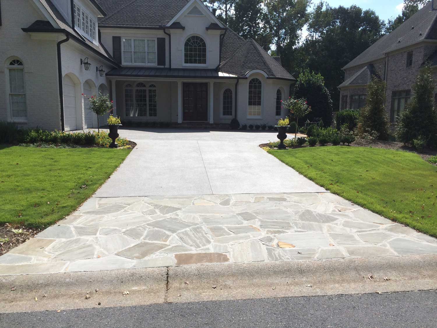 HemmaConcrete_ResidentiallServices_Driveway_4