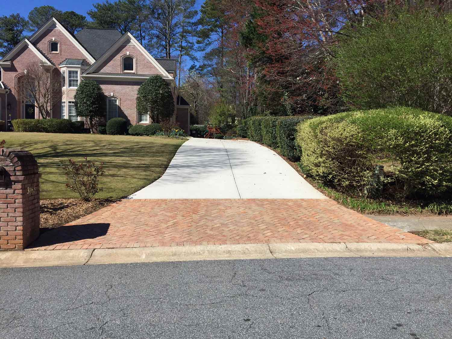 HemmaConcrete_ResidentiallServices_Driveway_7